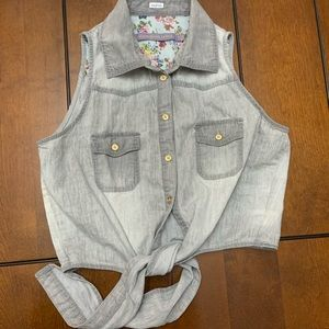 Boom Boom Jeans sleeveless tie up vest